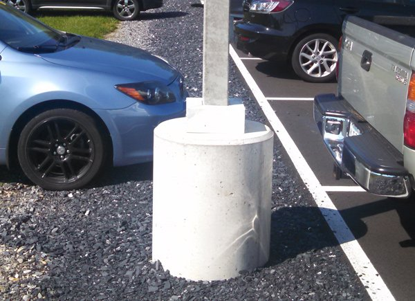OMNI-utility-light-pole