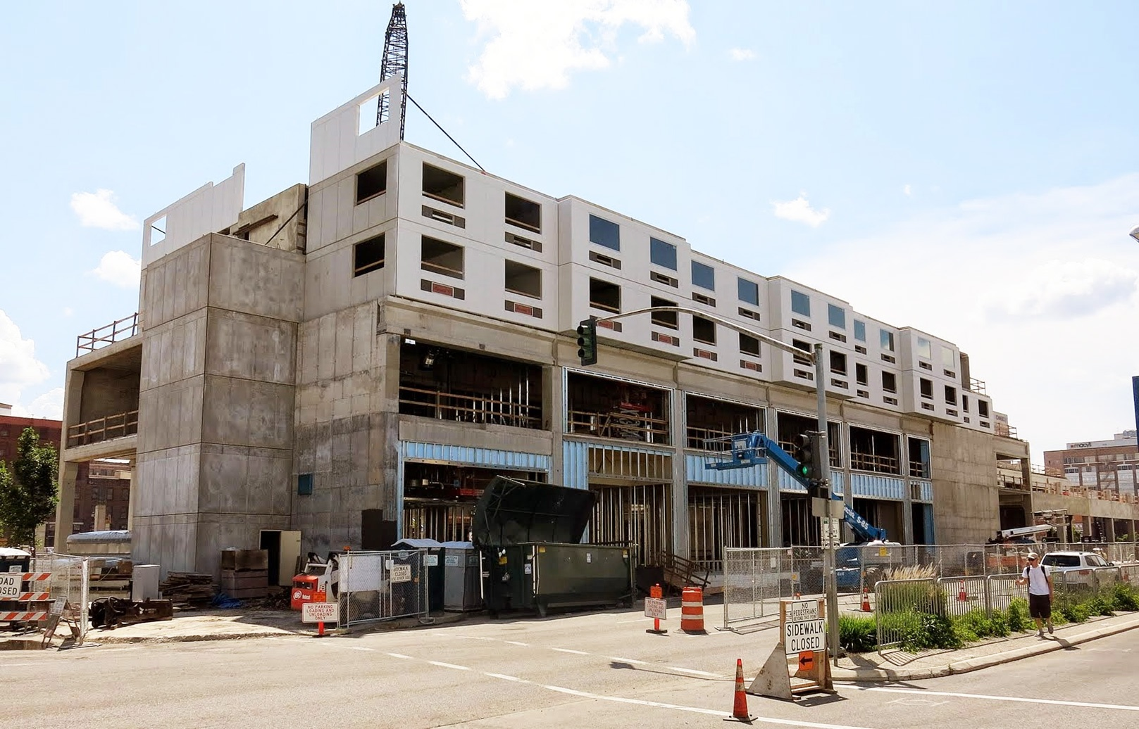 Precast Accelerates Hotel Project and Wins Construction