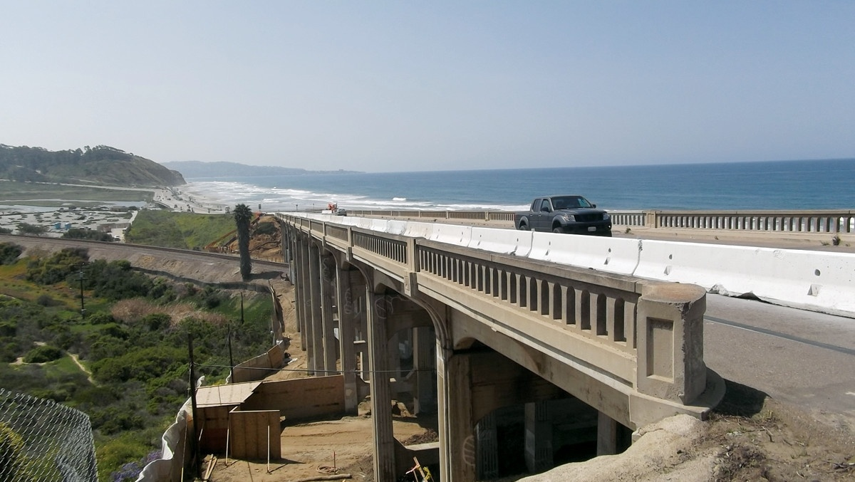Driving on the North Torrey Pines Road Bridge